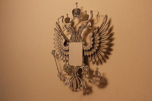 Герб России из фанеры вид справа
