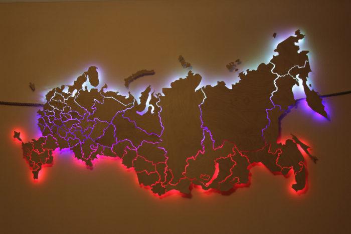 Карта России из фанеры приглушенный свет