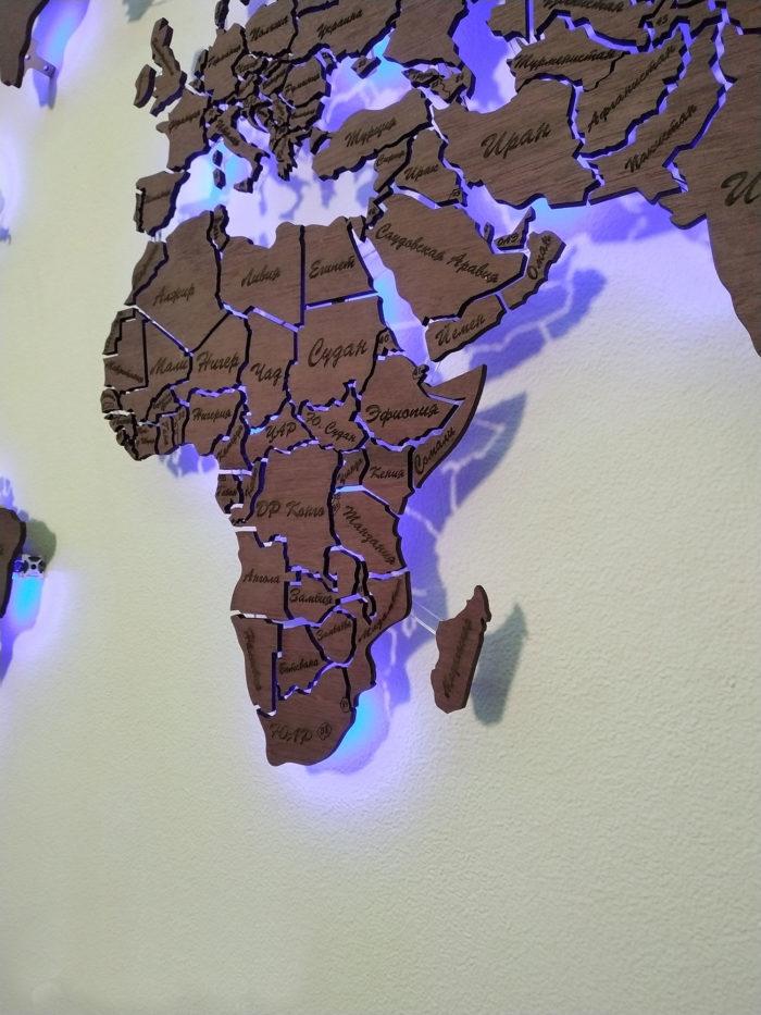 Карта мира из амаранта Африка