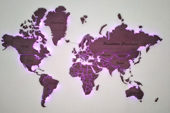 Карта мира из дерева с подсветкой