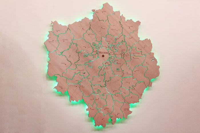 Карта Московской области из дерева