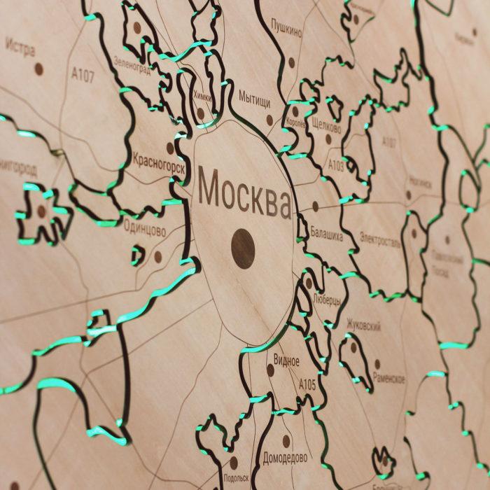 Карта Московской области из дерева с подсветкой