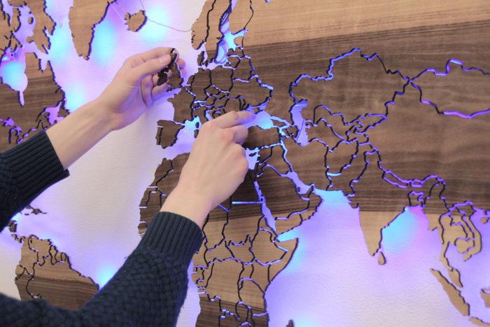 Установка карты Мира