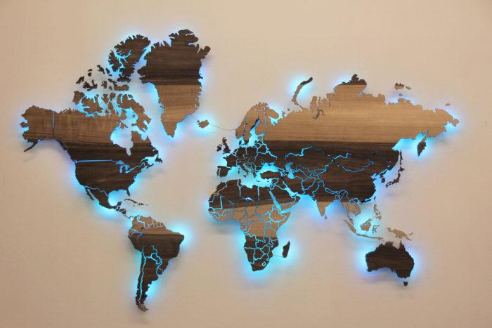 Карта мира из дерева Грисард Мореный