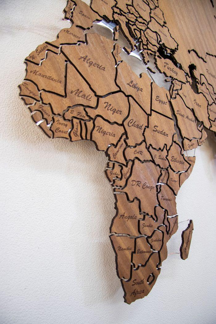 Карта Мира из дерева Африка