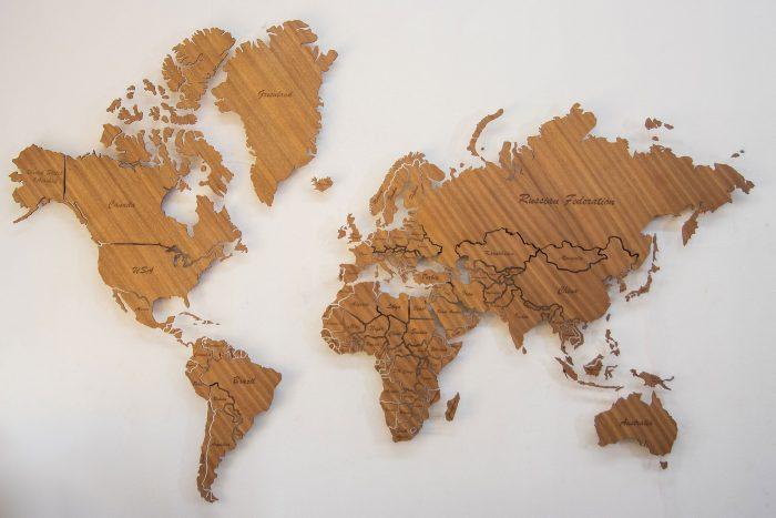 Карта мира из дерева Биболо