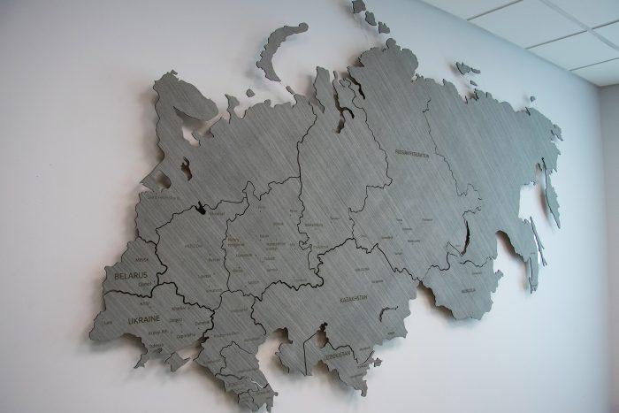 Карта России и ближнего зарубежья деревянная