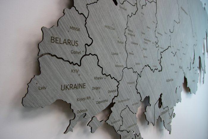 Карта России и ближнего зарубежья из дерева