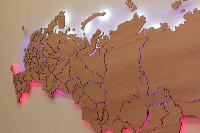Деревянная карта России из груши