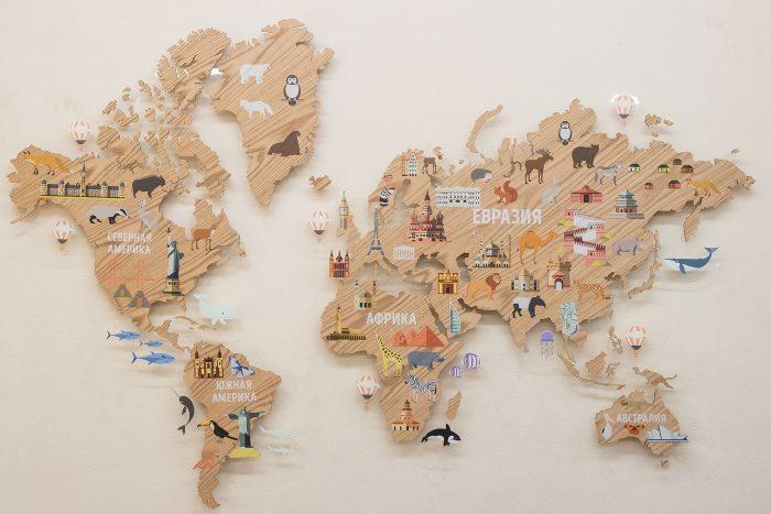 Деревянная карта мира для детской
