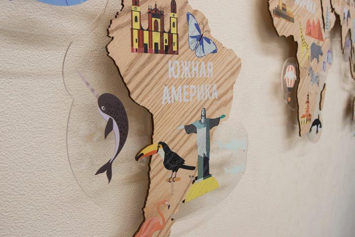 Деревянная карта мира для детской Южная Америка