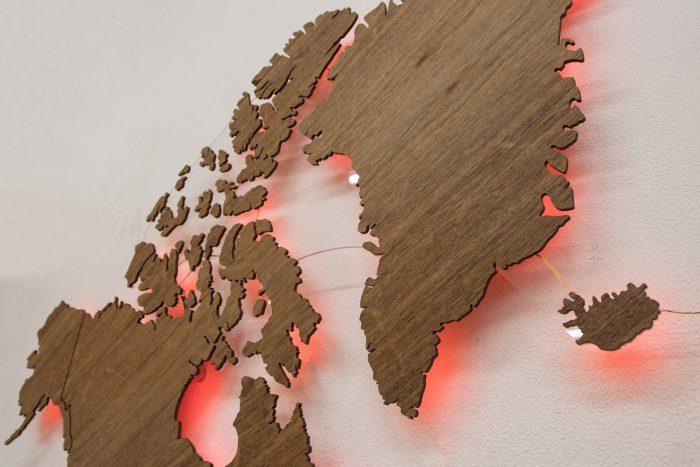 Карта мира из дерева Северная Америка Имбая