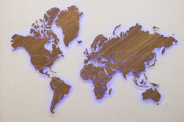 Карта мира из дерева Имбая