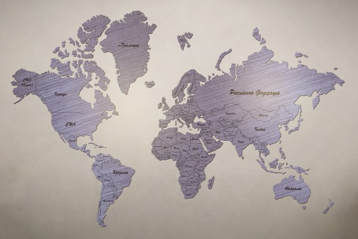 Рендер карты мира из шпона файн-лайн абрикос