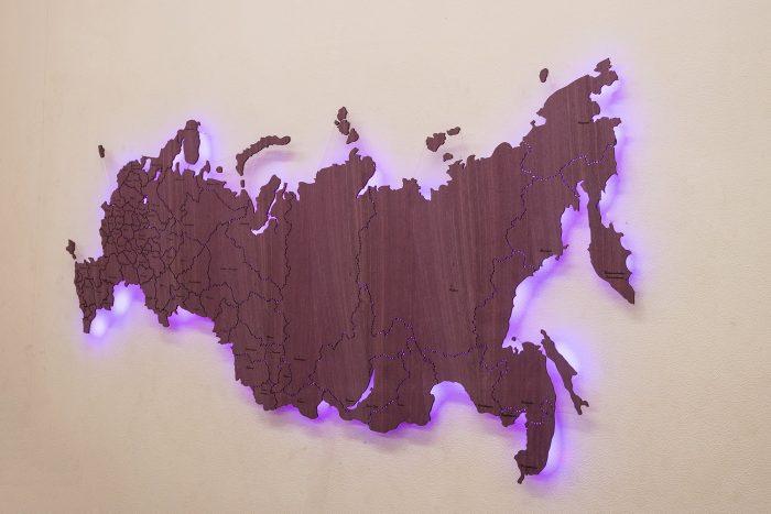 Деревянная карта России из экзотических пород древесины