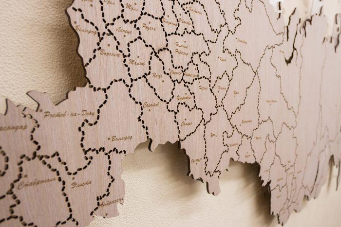 Деревянная карта России с гравировкой Европейская часть