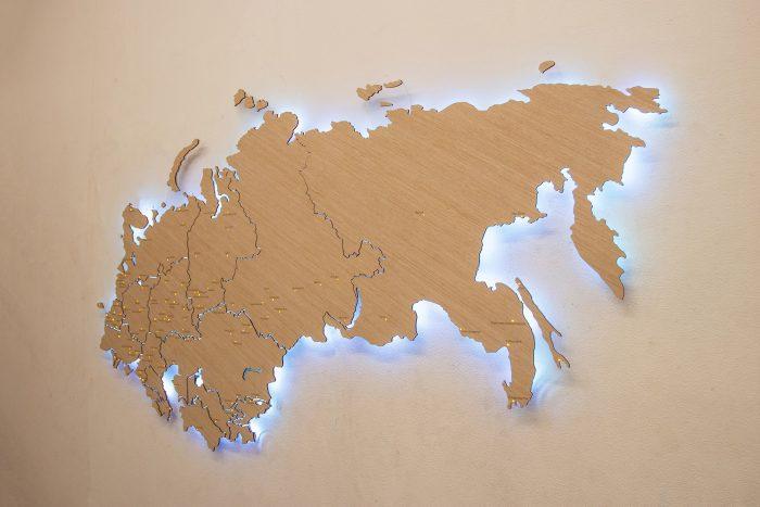 Деревянная карта СНГ с белой подсветкой