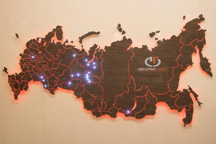 Настенная карта России. С точечной подсветкой основных городов.