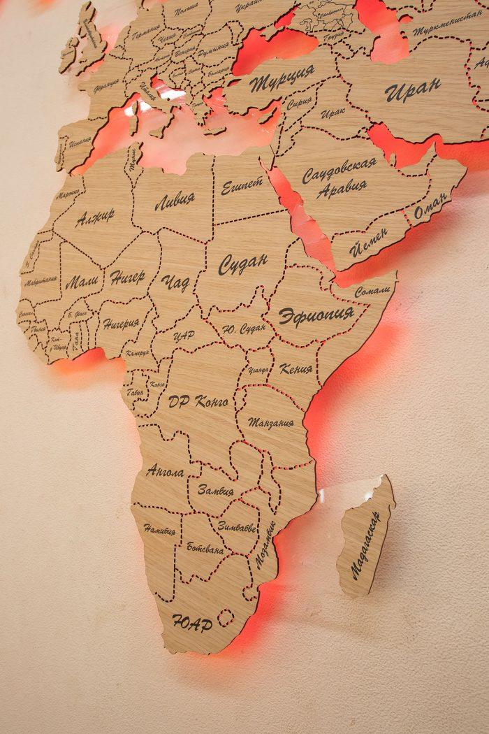 Карта Мира с цельными материками и со штриховым зазором границ государств. Африка