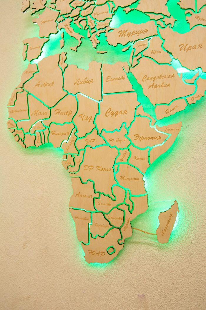 Настенная Карта Мира из Березы с подсветкой. Африка