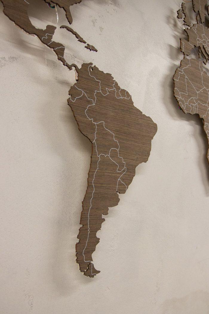 Карта Мира с цельными материками. Южная Америка