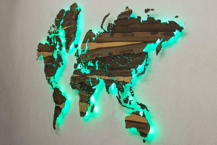 Деревянная карта Мира из Зирикота.