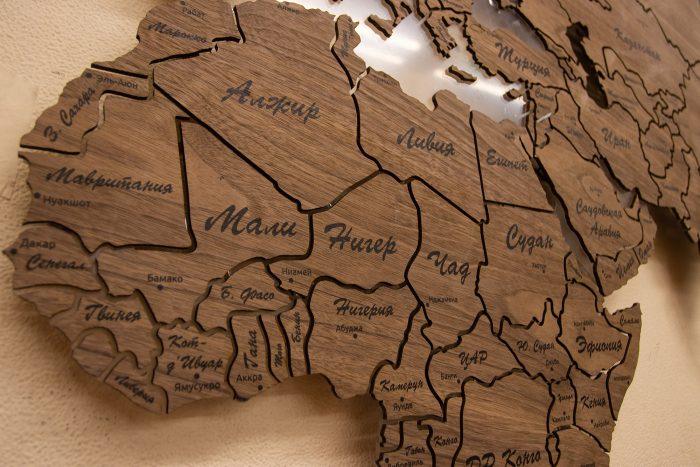 Настенная Карта мира из натурального шпона - Американский орех. Африка