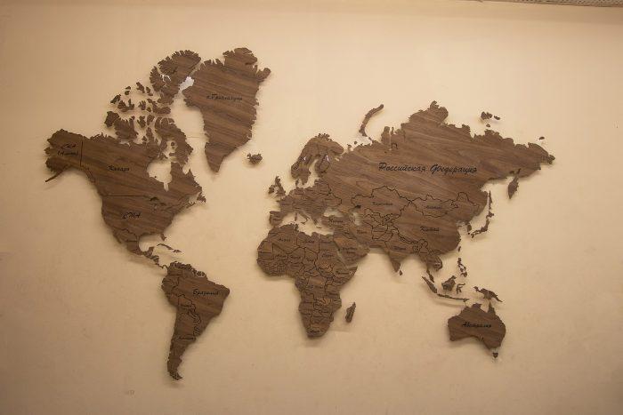 Настенная Карта мира из натурального шпона - Американский орех. Мир