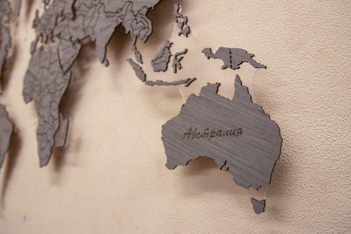 Настенная Карта Мира из Дуба 7S. Границы выполнены в виде штрихового зазора. Австралия