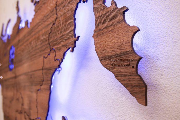 Карта России из дерева со шпоном Тайгервуд