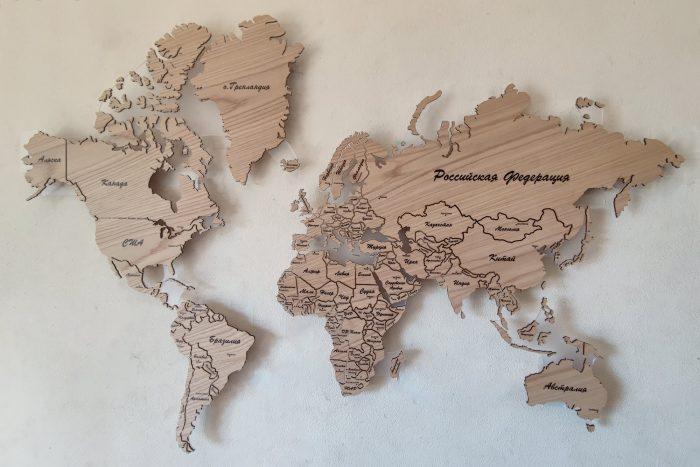 Деревянная карта мира из натурального шпона Дуб белый с полным зазором